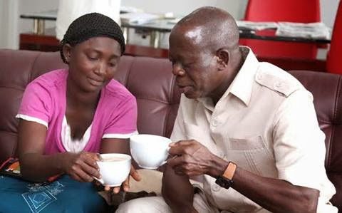 Oshiomhole Meets The Widow He Insulted, Gives Her N2m + Employment & Drinks Tea With Her