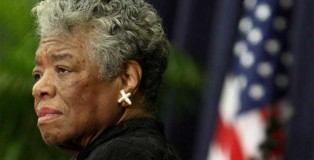Maya Angelou speaking during a ceremony to honour Desmond Tutu in 2008 Photo: REUTERS