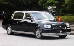 Japan-Emperor-Toyota-Century-Royal