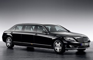Kenya-Mercedes-Benz-Pullman-S600